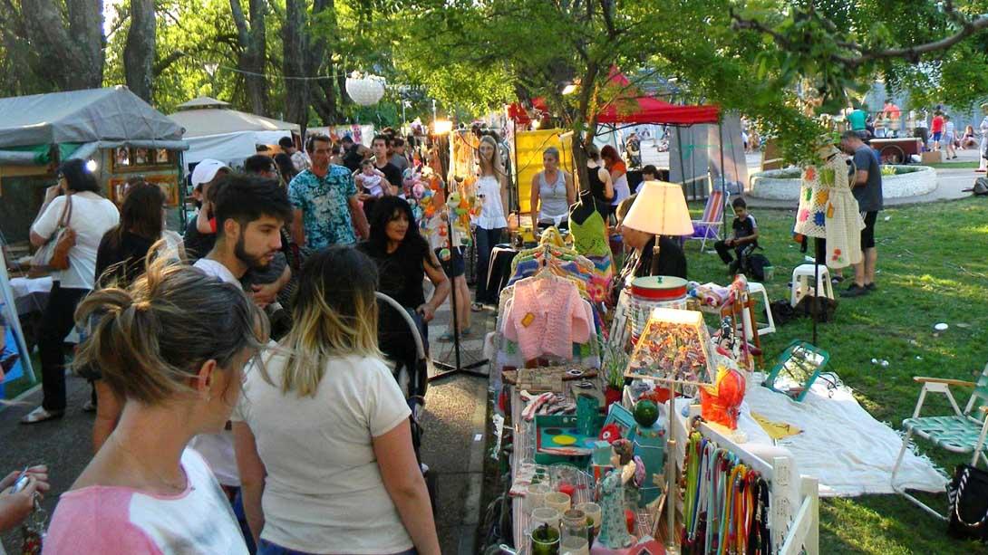 Feria de Mujeres Emprendedoras en Quemú Quemú.