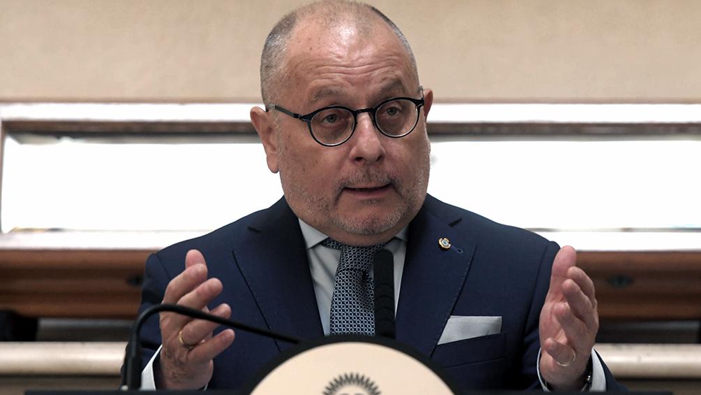 El canciller Faurie habló con el secretario de Comercio de los Estados Unidos