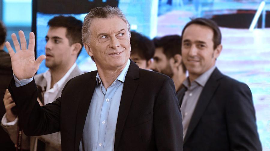 El Presidente llegó a Santa Fe para supervisar obras del Belgrano Cargas