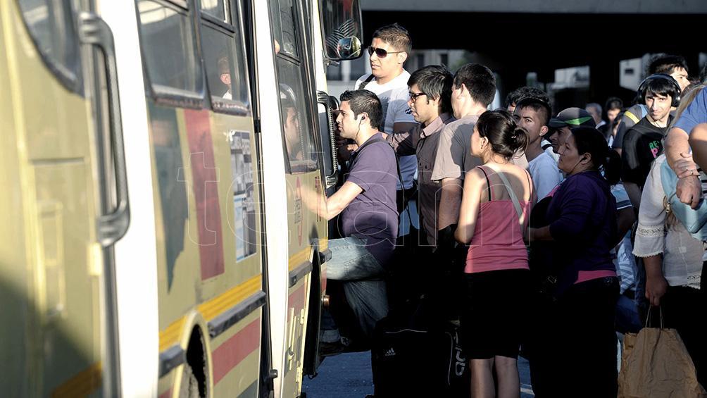 """Advierten que el transporte de pasajeros atraviesa """"una situación crítica"""" y requiere inversiones"""