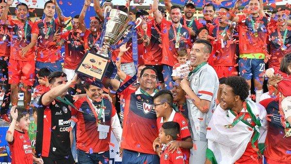 Jorge Wilstermann se proclamó campeón del fútbol de Bolivia, pero una jugada de escritorio le puso suspenso a la definición