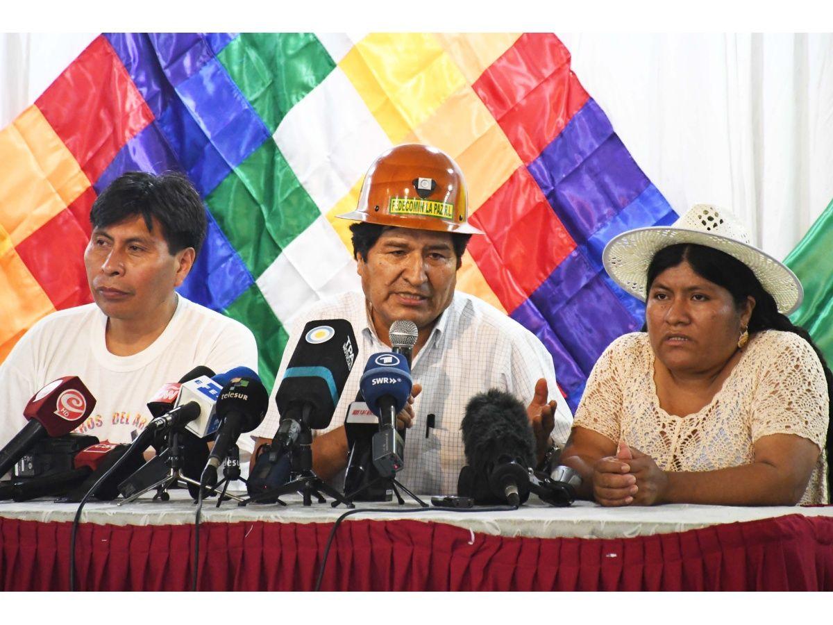 Evo reunió al MAS en Buenos Aires y en enero elegirán candidato