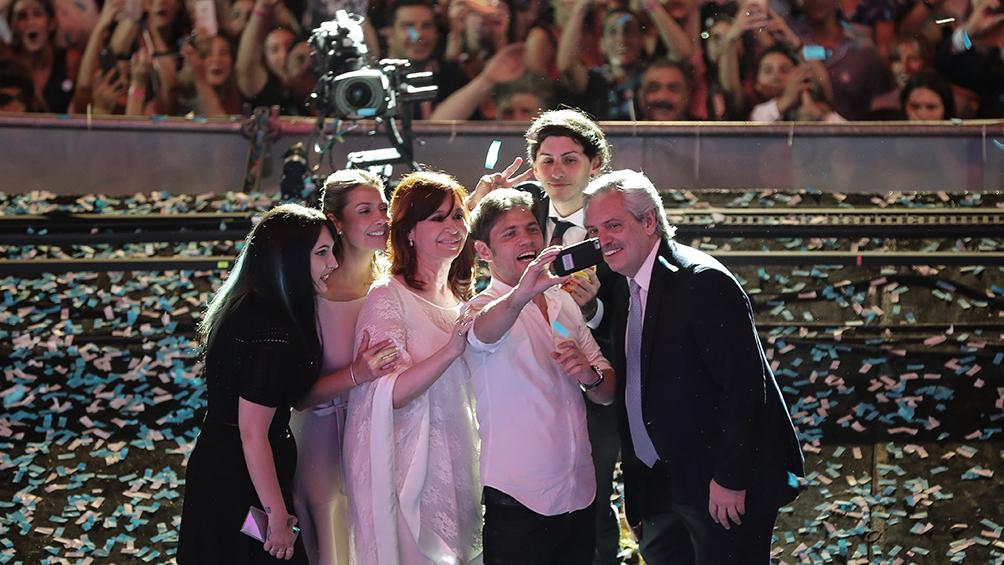 Alberto Fernández, Cristina Kirchner y Mauricio Macri dieron la bienvenida al 2020