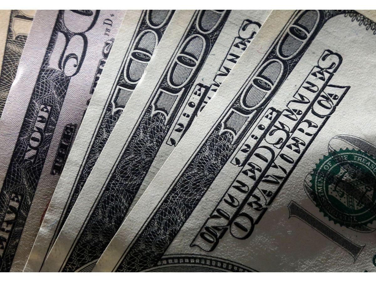 El dólar mayorista toca máximos y el contado con liquidación supera los $81