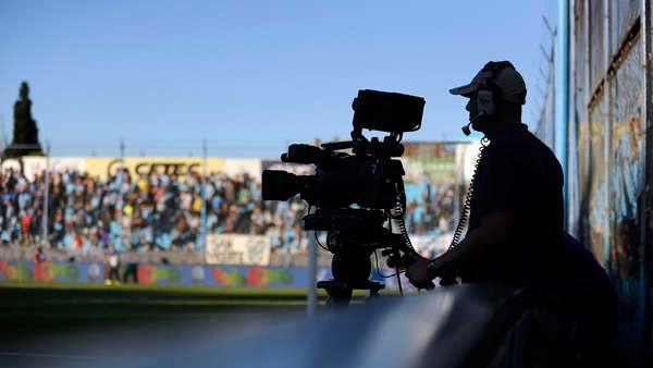 El fútbol vuelve marcado por la tensión entre la AFA y la dupla River-Boca