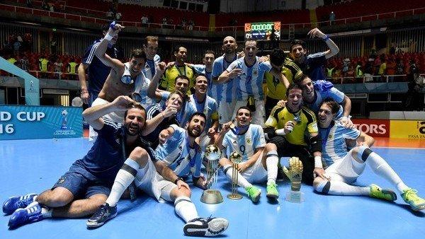 la-seleccion-argentina-se-prepara-para-defender-su-titulo-en-el-mundial-de-futsal